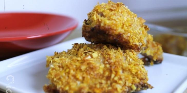 Receita de Frango Crocante Assado (melhor que KFC!!) em vídeo | Gourmet a Dois