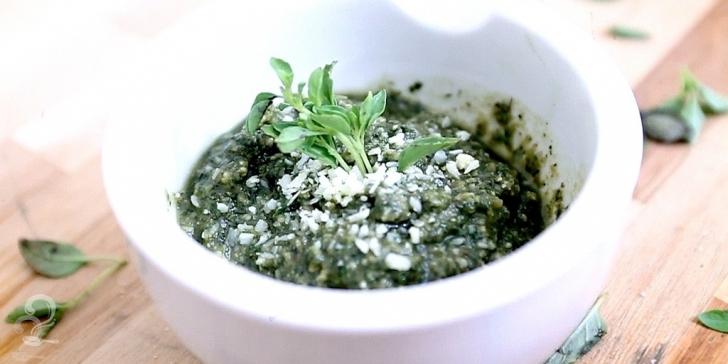 Receita de Molho Pesto em vídeo | Gourmet a Dois