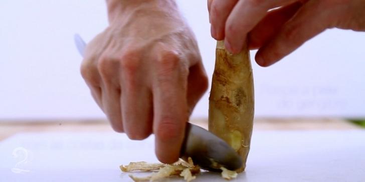 Técnica da Receita de Como Descascar um Gengibre | Como fazer em vídeo