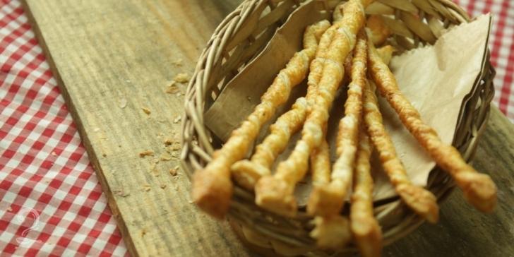 Receita de Palitos de Parmesão em vídeo | Gourmet a Dois