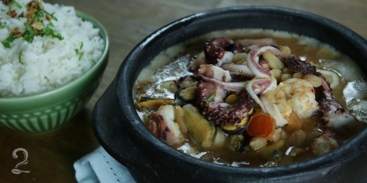 Receita de Feijoada de Frutos do Mar em vídeo | Gourmet a Dois