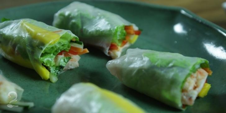 Receita de Wrap (Rolinho) de Legumes com Camarão em vídeo | Gourmet a Dois