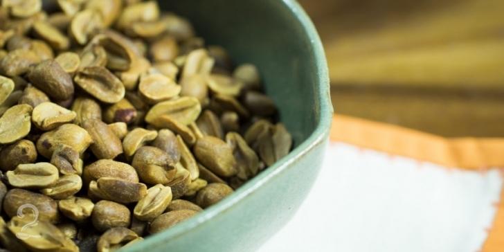 Técnica da Receita de Como Torrar e Remover Pele de Amendoim | Como fazer em vídeo
