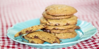 Cookies de Chocolate com Nozes