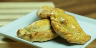 Como Fazer Massa para Empanadas Argentinas (Pastel de Fono) Deliciosa