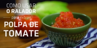 Como Usar o Ralador Para Extrair Polpa de Tomate | Molho de Tomate Fácil