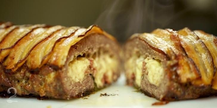 Receita de O melhor ROCAMBOLE de CARNE MOÍDA do mundo! (Com QUEIJO e BACON) em vídeo | Gourmet a Dois
