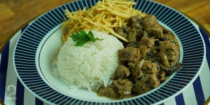 Receita de Estrogonofe de carne (O MELHOR E MAIS FÁCIL DO MUNDO!) em vídeo | Gourmet a Dois