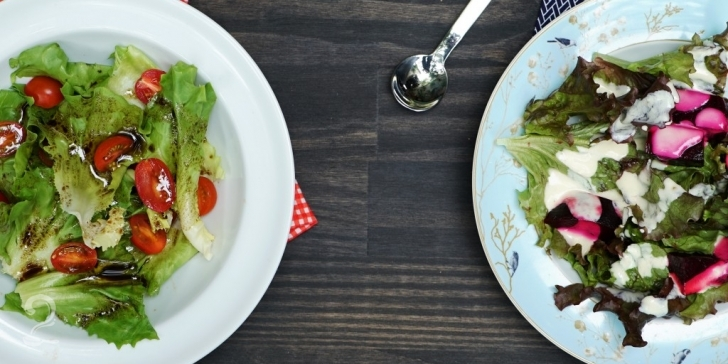 Técnica da Receita de 2 Molhos Fáceis para Salada (Molho Cremoso e Vinagrete Balsâmico) | Como fazer em vídeo