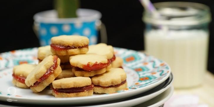 Receita de Biscoito Amanteigado de 3 INGREDIENTES (Recheio de Goiabada) em vídeo | Gourmet a Dois