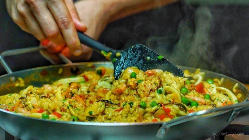 Receita de Paella de Frutos do Mar | Como fazer em vídeo